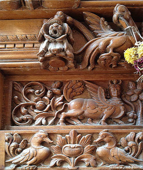 South-Indian-Door-Carving
