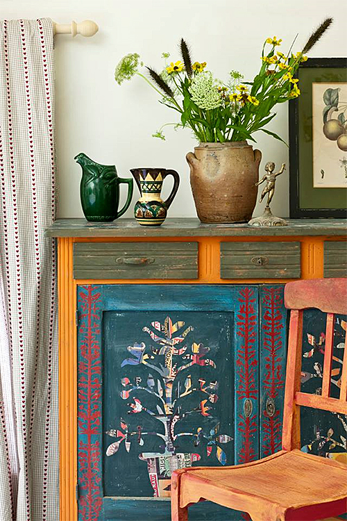 Painted Cabinet In Annie Sloaneu0027s Home