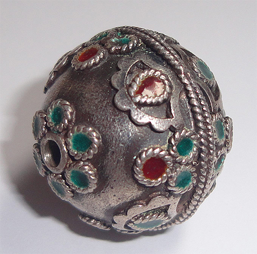 Silver Green and Red Bead from eBay seller alqator