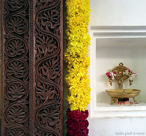 Entrance to Sundari Silks in Chennai