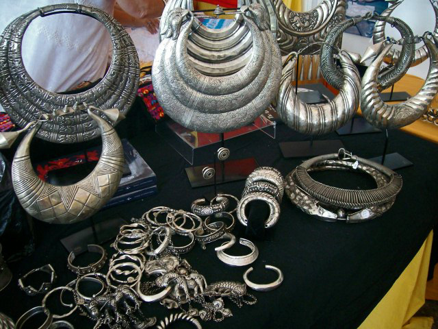 Santa Fe International Folk Art Market via Feathers Boutique Vintage Blog