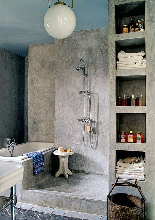 English/Victorian Exposed Shower Plumbing | Nomadic Decorator