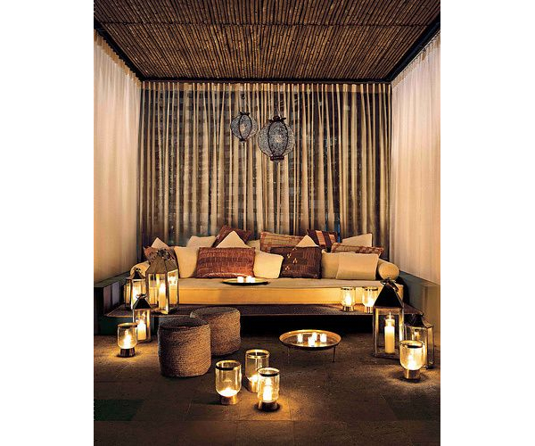 Candlelit Lounge