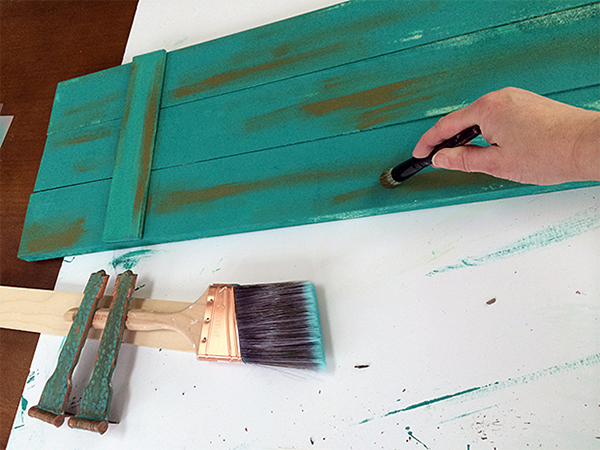 Painting a New-Old Rustic Shutter