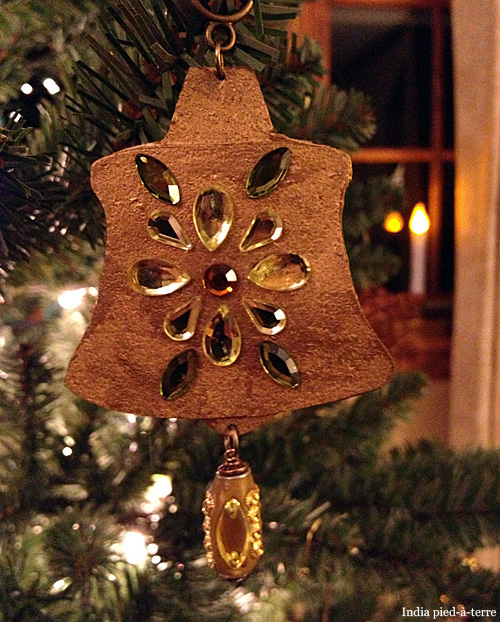 Temple-Bell-Christmas-Tree-Ornament-2