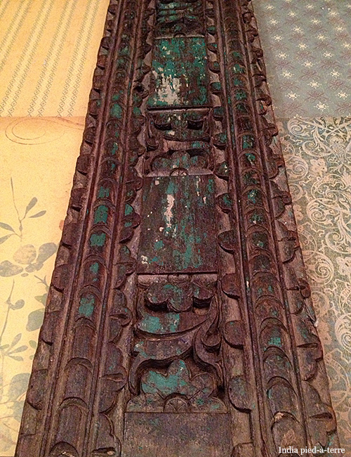 Chippy-Painted-Wood-from-India