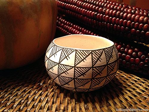 Acoma-Pottery