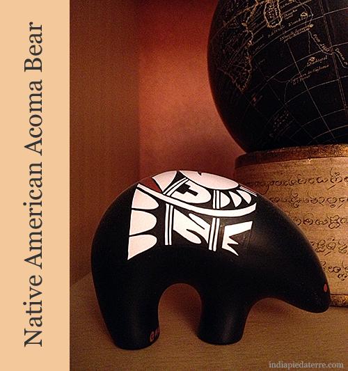 Native-American-Acoma-Bear-Pottery