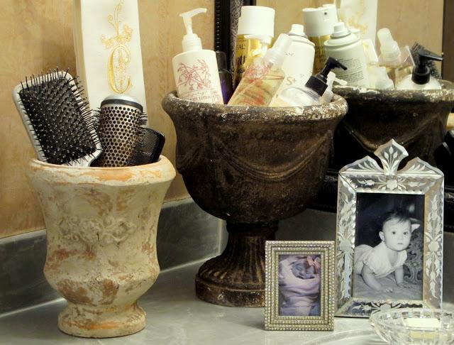 Rustic Pots in Bathroom via Cyndy Aldred