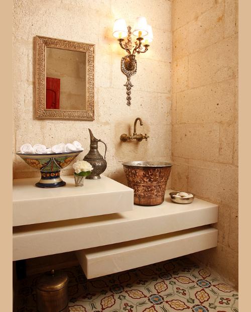 Bathroom-in-Hezen-Cave-Hotel