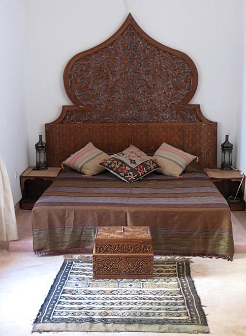 Moroccan-Bedroom-via-Hamidi-Akka-Flickr