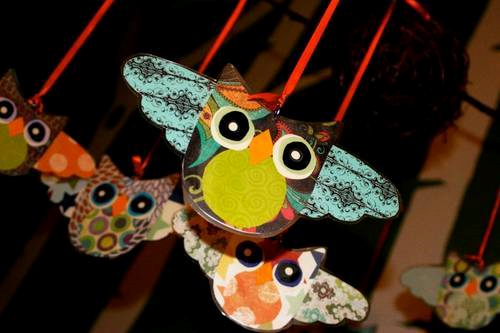 Scrapbook Paper Owl Mobile by AugustBell on Craftster