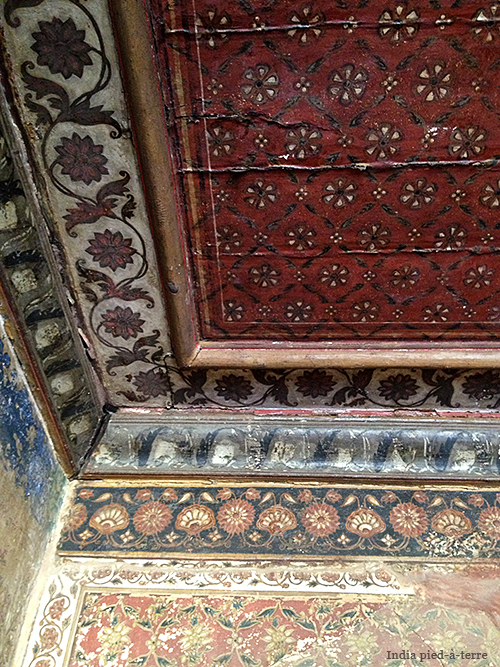 Painted Walls in Tipu Sultan's Summer Palace in Bangalore