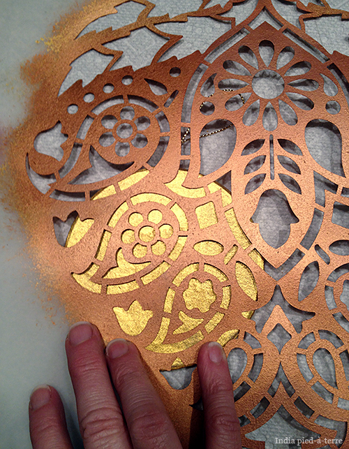 How to Stencil Christmas Tree Ornaments
