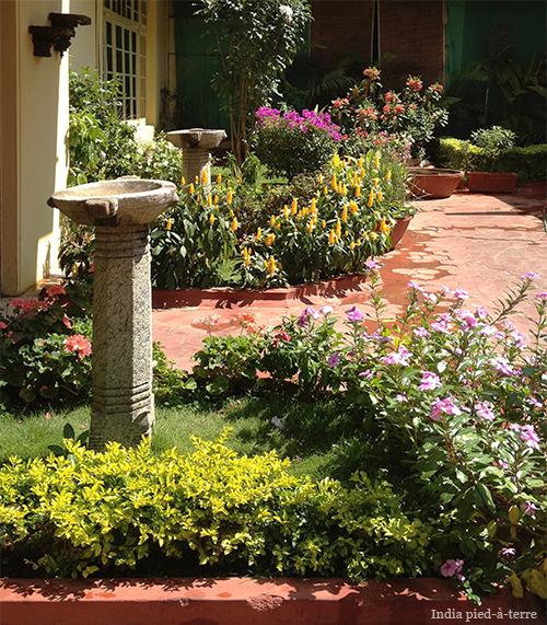 Garden outside spa.ce spa in Bangalore