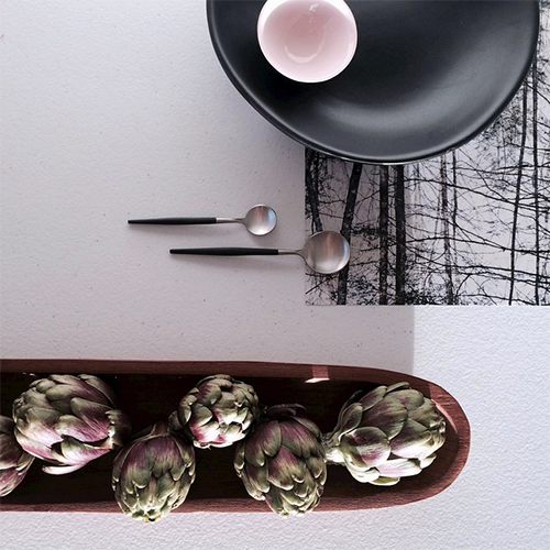 #7vignettes October 2014 Dining Image by Petra Holain