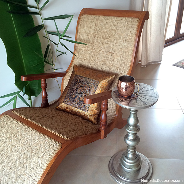 India pied-a-terre Candlestick Table